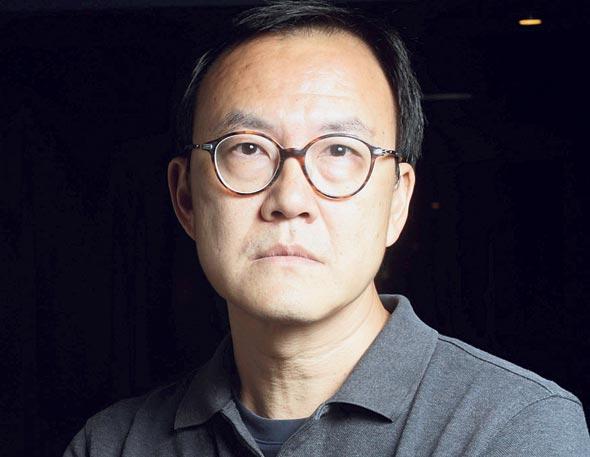 """וואסינבורי סופאניצ'וורארץ'. """"בתאילנד אין תמיכה ממשלתית באמנים. המטרה שלי היא להשתמש באמנות כדי לחזק את הקהילה שם ולשמר את הזיכרונות"""""""