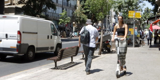 """עיריית ת""""א הודיעה: בקרוב יוצמדו מספרי רישוי לקורקינטים"""