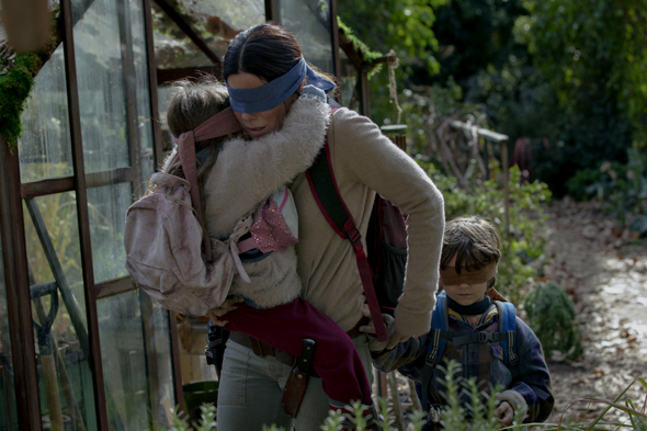 """סנדרה בולוק בגרסה הקולנועית של """"קופסת הציפורים"""". """"אני עדיין נרגש מהשתתפותה בסרט"""""""