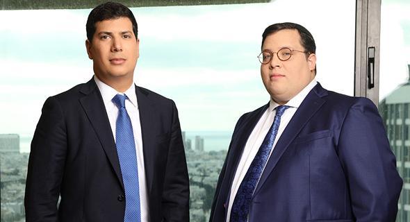 """משמאל: עוה""""ד עמית חדד ואריאל רוט"""