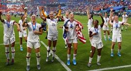 """נבחרת הנשים של ארה""""ב, צילום: גטי אימג'ס"""