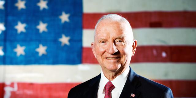"""המיליארדר הטקסני והמועמד לנשיאות ארה""""ב לשעבר רוס פרו נפטר בגיל 89"""