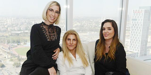 """צוות משרד עורכי הדין ויזל רוקח רווח ושות' זירת הנדל""""ן, צילום: מושיק לינדנבאום"""