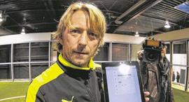 סוון מיסלינטאט סקאוט כדורגל בכיר , צילום: youtube