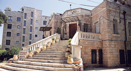 המבנה בשכונת טלביה, צילום: אלכס קולומויסקי