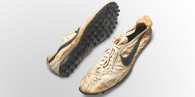 מהנייקי הראשונות ועד נעלי הראפרים: הסניקרס היקרים בעולם מוצעים למכירה