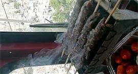 מפעיל העגורן עשה על האש
