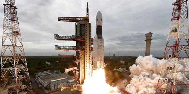 הודו מנסה לעקוף את ישראל במירוץ לירח: מכינה חללית שלישית לשיגור