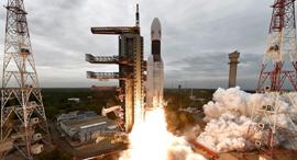 שיגור החללית ההודית, צילום: אי פי איי