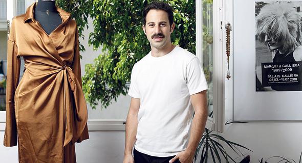 """גולן טאוב. """"בדקנו מה הישראליות רוצות ללבוש. התאמנו לזה את האסתטיקה שלנו, בנינו דנ""""א חזק, ויצאנו החוצה"""", צילום: עמית שעל"""