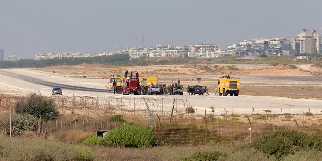 שדה דב לאחר סגירתו , צילום: אוראל כהן
