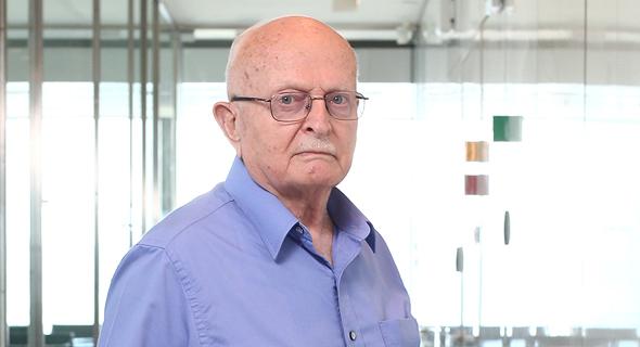 דוד עברי. בן 85, נשוי ואב לשלושה, מתגורר ברמת השרון