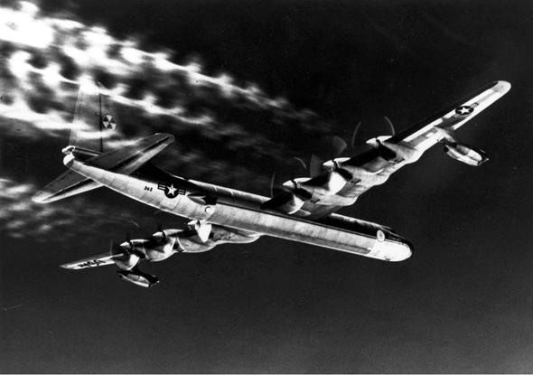 מטוס הקרוסיידר בטיסה