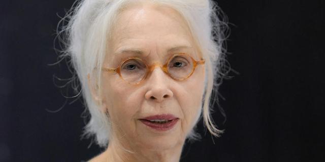"""איפה הילד: בגיל 70 כתבה עדנה מזי""""א מחזה על תשוקה לתינוק"""