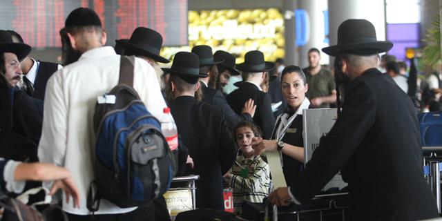 """רשות שדות התעופה: """"נא לא לטוס לאומן עם קרטונים ולא להביא אוכל בצידנית"""""""