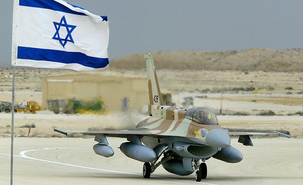 בומים מעל יישובים? לא תודה. F16 של חיל האוויר הישראלי