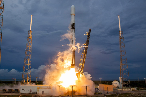 AMOS-17's launch. Photo: SpaceX