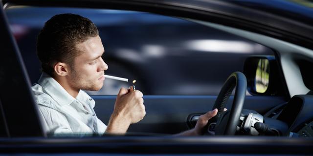 הקשר בין עישון במכונית לתאונות קטלניות