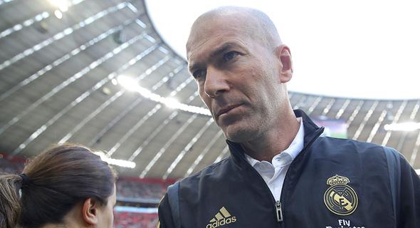 זינאדין זידאן מאמן ריאל מדריד. המנהיג, פעמים רבות, הוא המאמן, צילום: גטי אימג