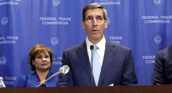ג'ו סימונס, ראש ה-FTC
