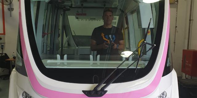 קברניטי אוטובוס, מפעילי רחפנים ומפיגי בדידות: מקצועות העתיד כבר כאן