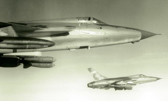 מטוסי F105 בדרכם למטרות, במלחמת וייטנאם