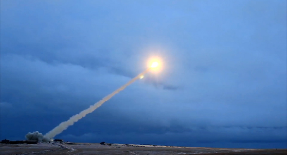 ניסוי שיגור טיל שיוט על קולי, החשוד כסקייפול או גרסה מוקדמת שלו, צילום: militaryrussia