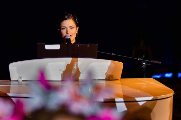 הזמרת מרינה מקסמיליאן בלומין באירוע