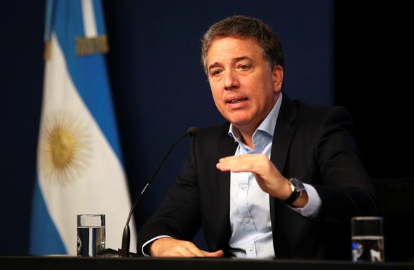 ניקולס דוכובנה, שר האוצר המתפטר של ארגנטינה