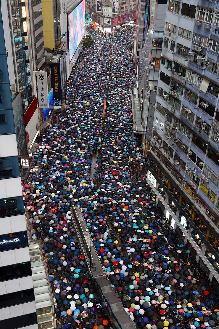 הפגנת ענק היום בהונג קונג