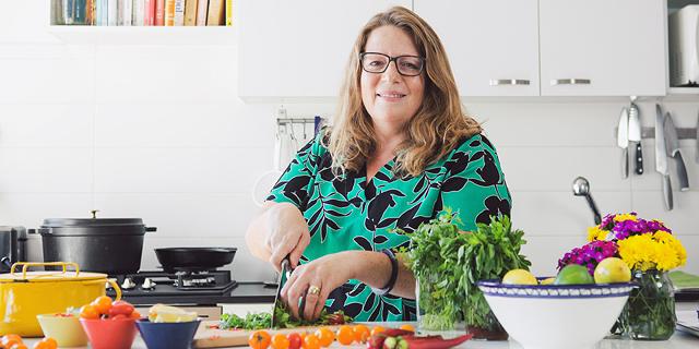 יוצאת לאור: עדינה זוסמן מוציאה ספר בישול