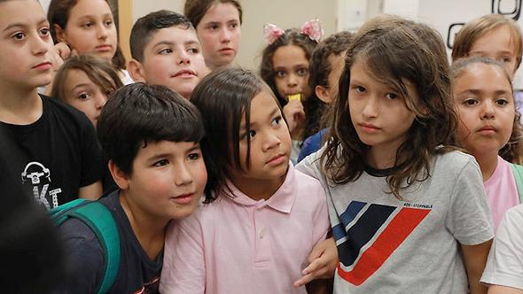 הפגנה נגד גירוש עובדות זרות וילדיהן: קיאן וחבריו ללימודים, צילום: דנה קופל