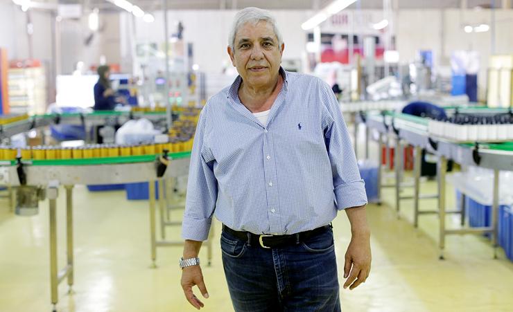 """יורם בן טל, מנכ""""ל מפעל הפילטרים. חי בווילה בירדן, רק לא """"לעבור את הוויה דולורוזה במעבר הגבול"""" , צילום: עמית שעל"""
