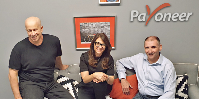 מימין יואל נוה וקרן לוי ויובל טל מפיוניר, צילום: Payoneer
