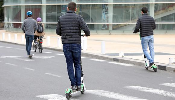 E-scooter riders (illustration). Photo: Dana Kopel
