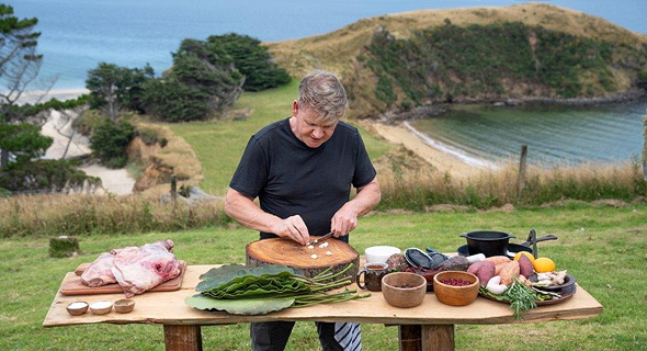 השף גורדון רמזי מבשל הרפתקאה