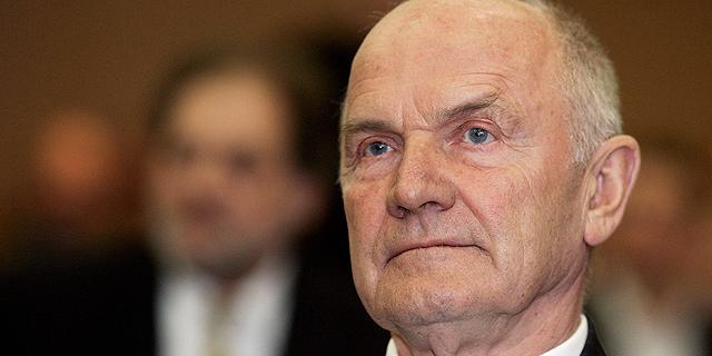 """מת פרדיננד פיאך, לשעבר מנכ""""ל ויו""""ר פולקסווגן, שהפך אותה לאימפריה"""