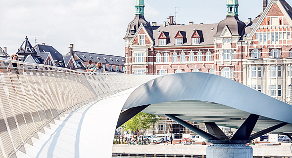 גשר Lille קופנהגן. לטובת הרוכבים