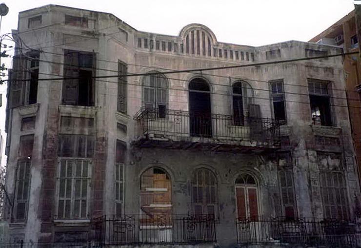 מבנה בסכנת קריסה - כך הוא נראה , צילום: באדיבות עיריית תל אביב ארכיון תיק בניין