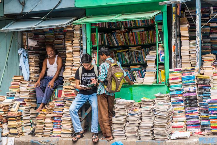שוק הספרים בכלכותה, צילום: שאטרסטוק