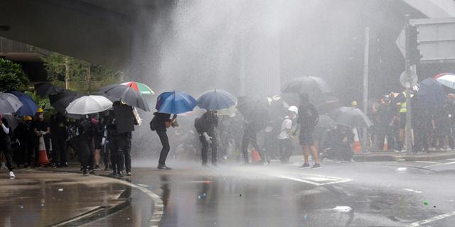 שוטרי הונג קונג קיבלו 140 מיליון דולר נוספים במהלך ההפגנות
