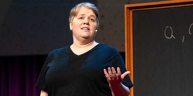 WeWork מצרפת אישה ראשונה לדירקטוריון  - פרנסס פריי מאוניברסיטת הרווארד