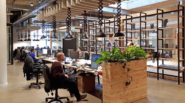 משרדי JoyTunes יש גם אתגרים כשכולם נמצאים באופן ספייס, צילום: אופיר אבסלנדר