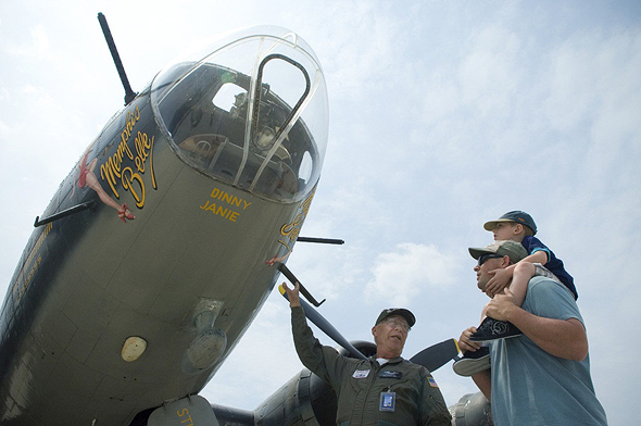 המטוס הפך סמל לגבורה, ומורשת אנשיו נשמרת ומועברת לדורות הבאים