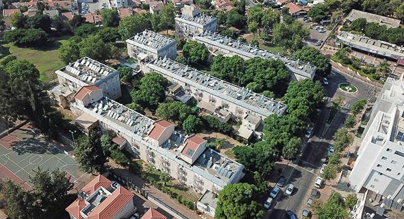 """הבניינים שיועדו לתמ""""א ברחוב גאולה, רעננה"""