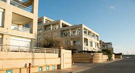 בניין דירות במרינה הרצליה, צילום: ענר גרין