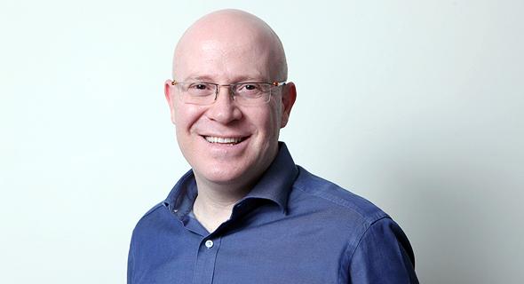 """איציק שנידובסקי, מנכ""""ל בית ההשקעות אנליסט, צילום: עמית שעל"""