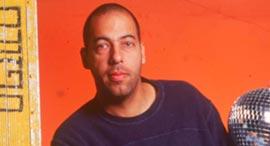 גיל טייכמן מעצב תאורה, צילום: רלי אברהמי