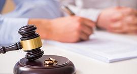 גירושים גירושין בגידה בית משפט, צילום: שאטרסטוק