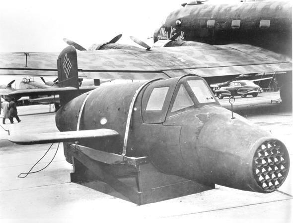 הקברניט מטוס חירום BA349 נאצים קשת, צילום: USAF